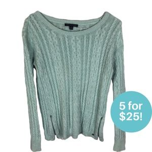 5/$25 American Eagle Turquoise Knit Sweater S